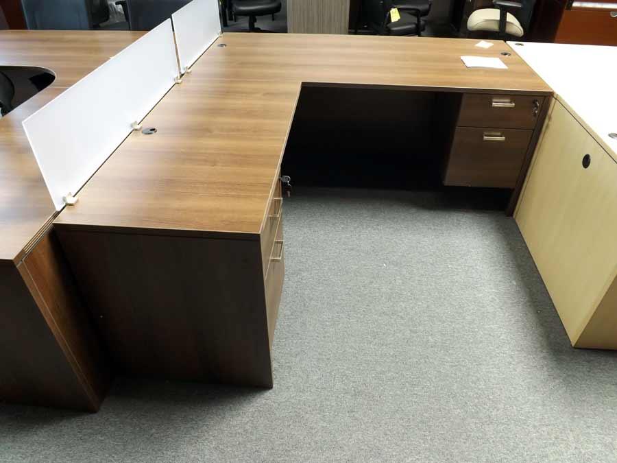 Cherryman AM320 L Desk