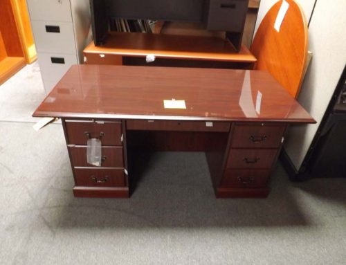 Traditional 36 x 72 Desk